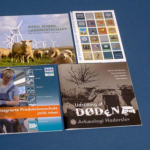 Broschüren, Newsletter & Flyer